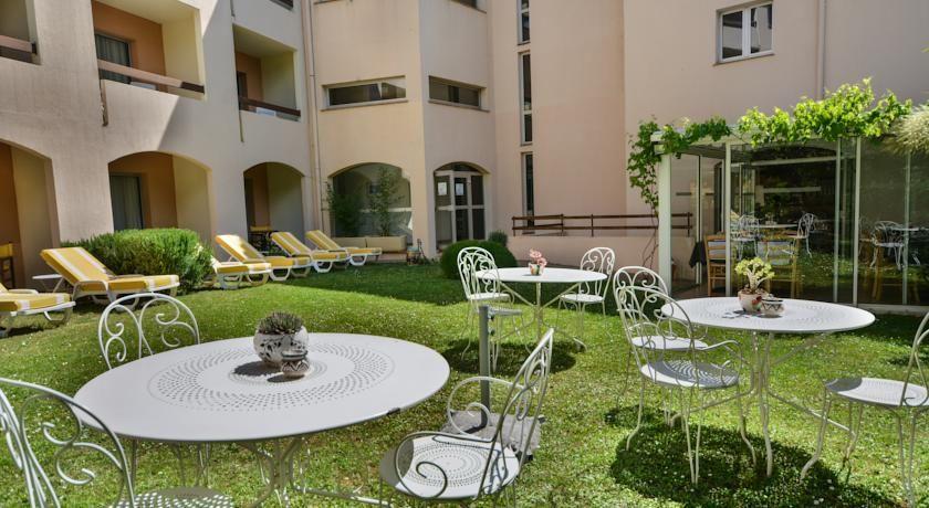 Inter-Hôtel Le Floréal Vence *** 21