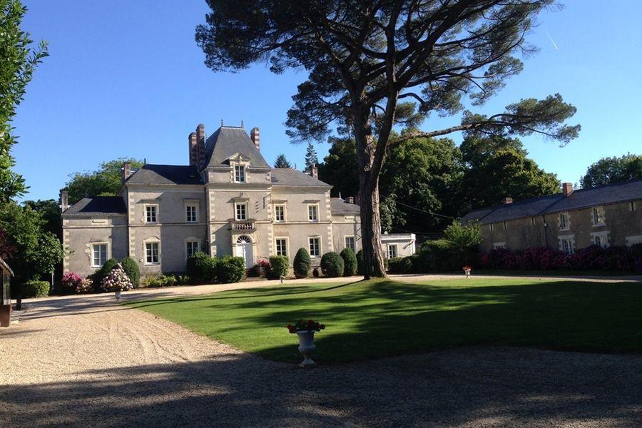 Chateau De La Pigossiere Chateau De La Pigossiere