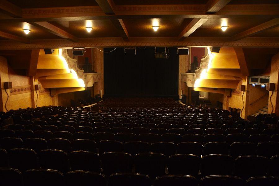 Le Théâtre Palace Le Théâtre Palace