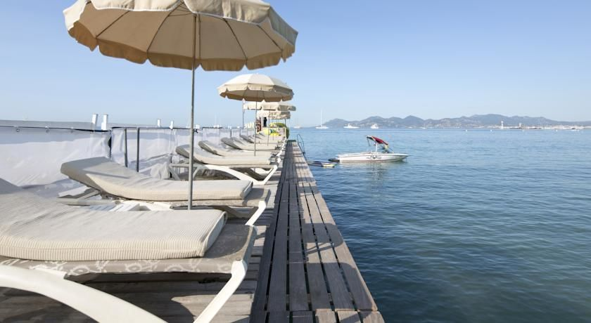 Mercure Cannes Croisette Beach **** 38