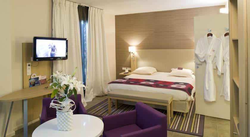 Hôtel Mercure Carcassonne Porte de la Cité **** 4
