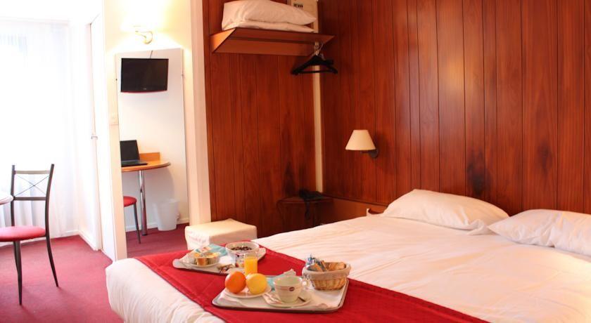 Inter-Hotel Ambacia *** 7