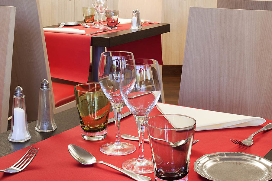 Ibis Styles Chinon Restaurant