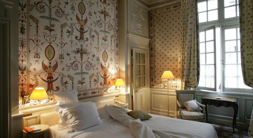 Hôtel La Mirande ***** 4