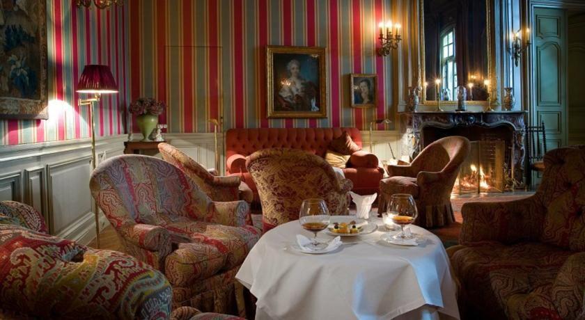 Hôtel La Mirande ***** 6