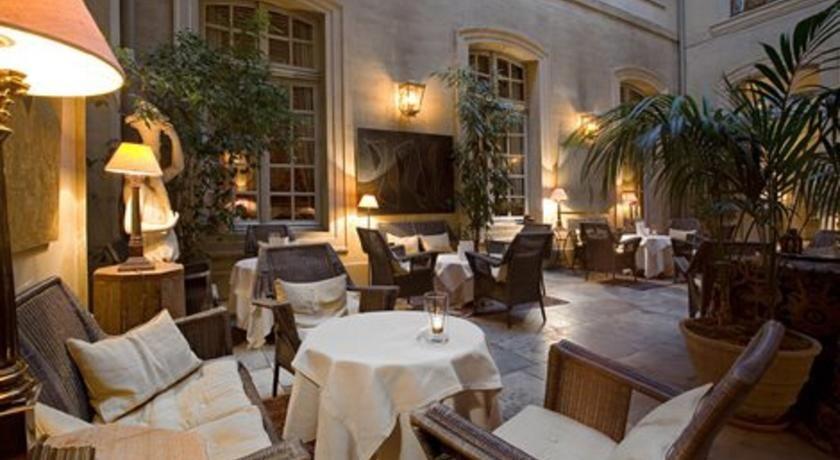 Hôtel La Mirande ***** 30
