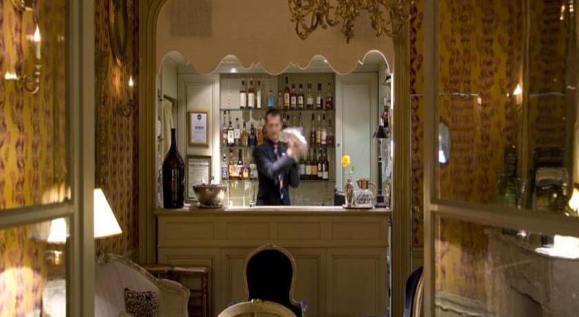 Hôtel La Mirande ***** 32