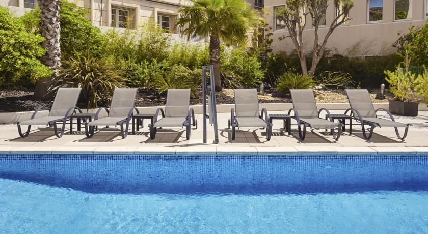 Holiday Inn Toulon City Centre **** 6