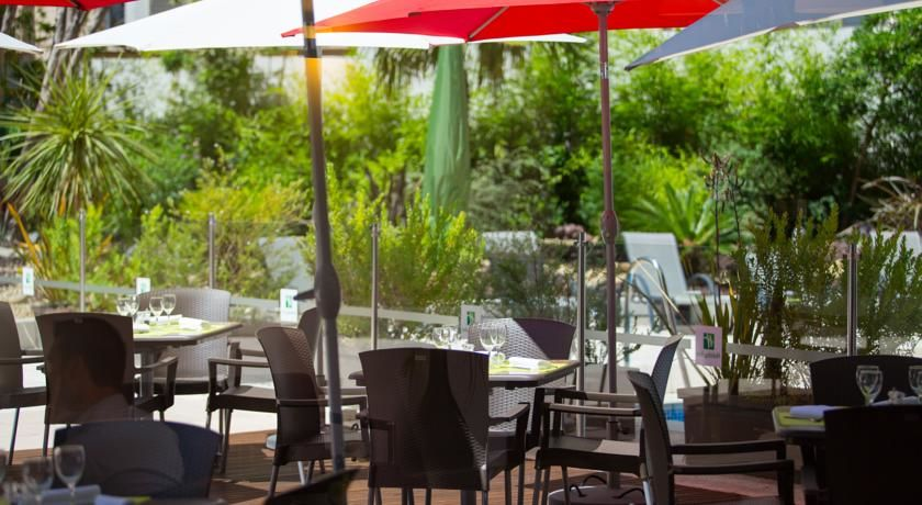 Holiday Inn Toulon City Centre **** 11