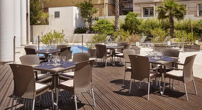 Holiday Inn Toulon City Centre **** 34