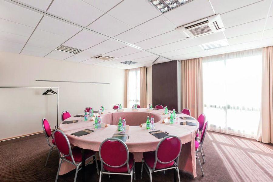 Appart'City Confort Toulouse Aéroport Blagnac **** Salle de séminaire
