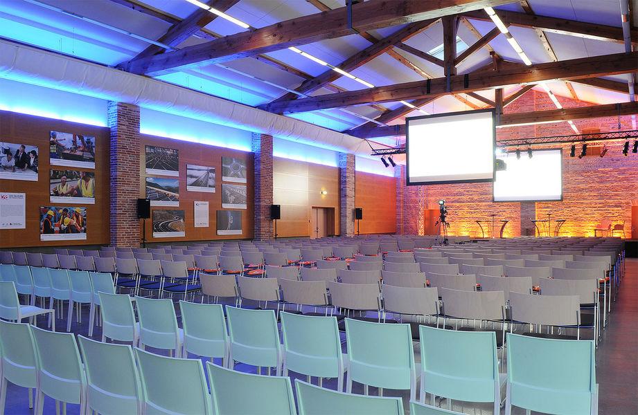 Domaine De Preissac Salle de séminaire