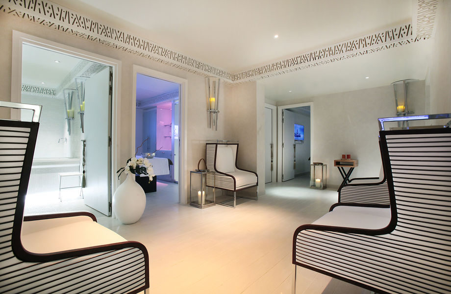 Five Seas Hôtel ***** Spa by Cinq Mondes & Carita