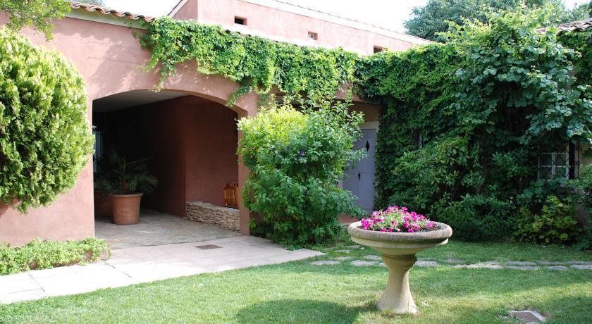 Hôtel Les Jardins de Cassis *** 41