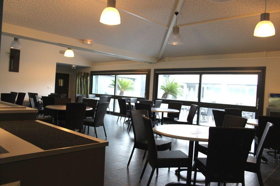 Domaine d'Ariane CIST *** Restaurant