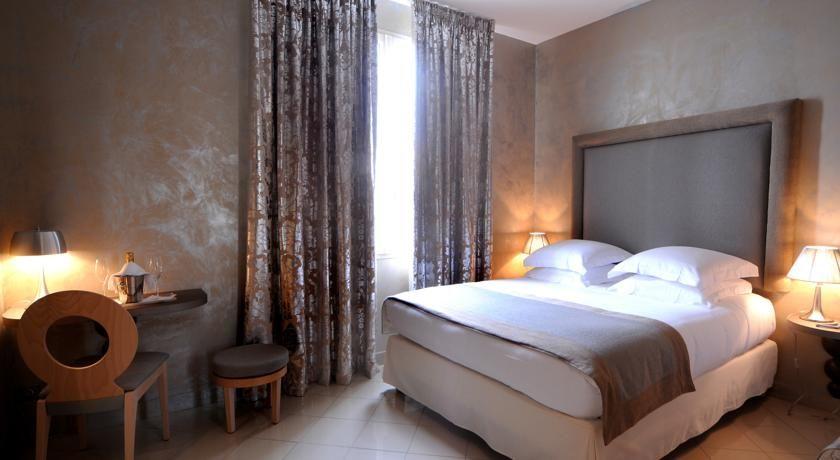 Hôtel Aéva 7