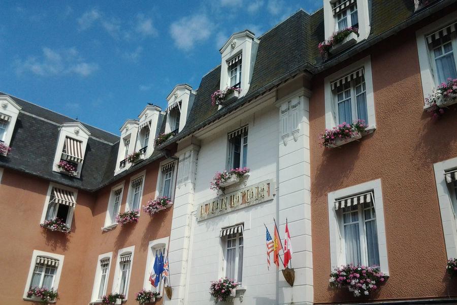 Hôtel Le Lion d'Or *** Hôtel Le Lion d'Or ***