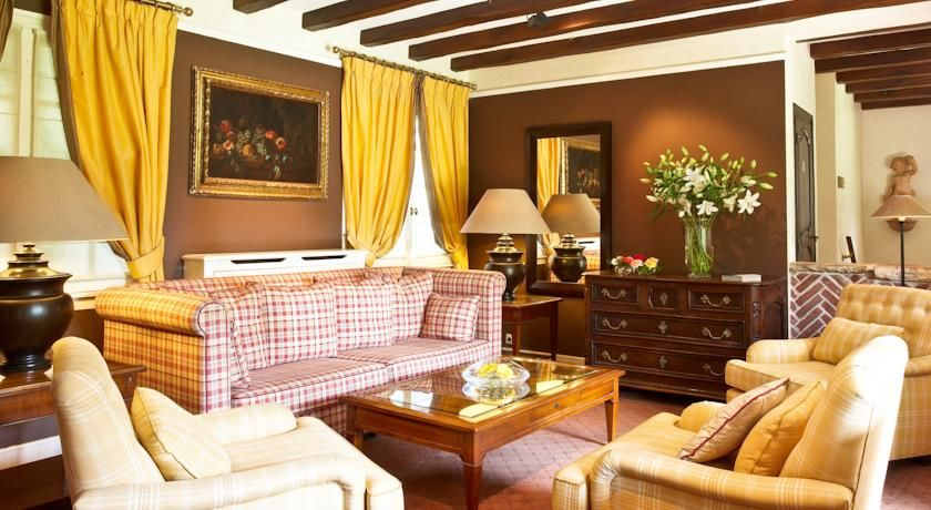 Hostellerie La Briqueterie ***** Salon