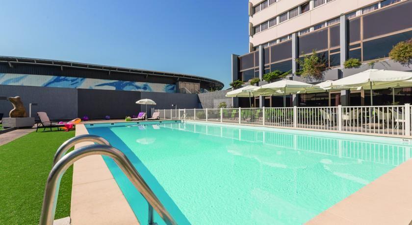 Appart'City Confort Alpexpo Grenoble Piscine