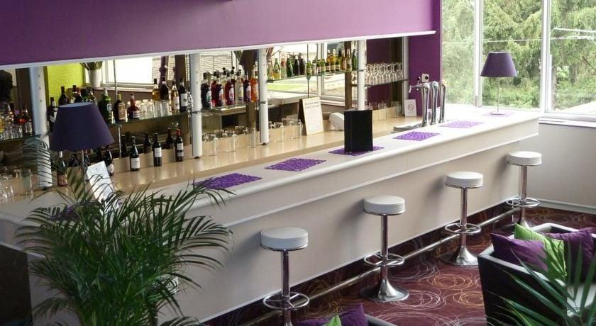 Appart'City Confort Alpexpo Grenoble Bar