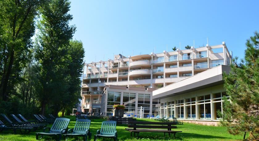 Hôtel Adelphia **** Façade