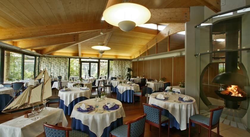 Domaine Hôtelier Les Grenettes *** Restaurant