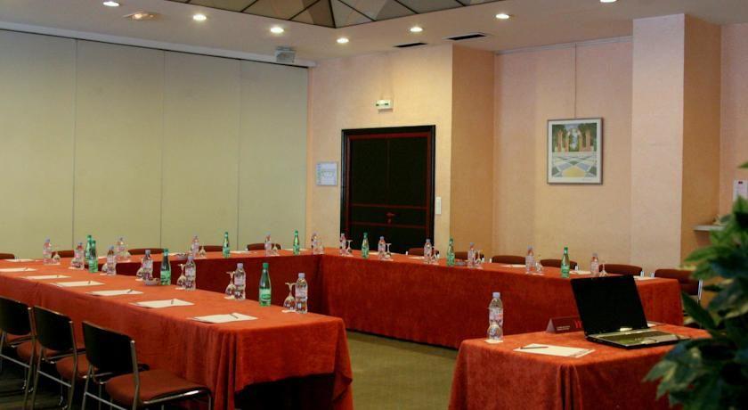 Mercure Limoges Royal Limousin **** Salle de séminaire