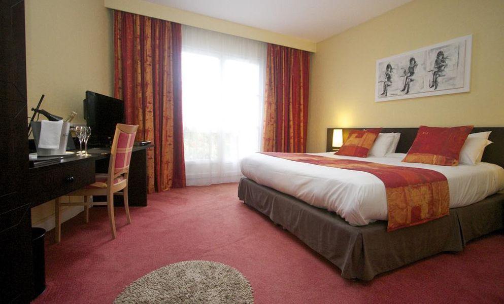 Qualys Hotel - La Bertelière *** Chambre