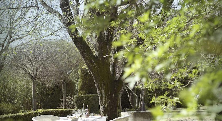 Baumanière Les Baux-de-Provence 18