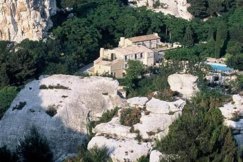 Baumanière Les Baux-de-Provence 36