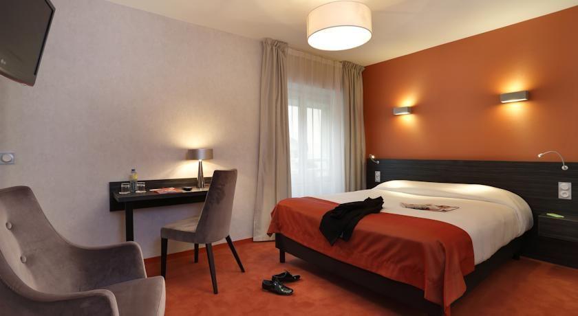 Inter-Hôtel Les Thermes de l'Avenue 2