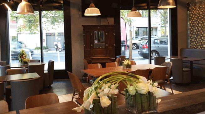 L'Initiale Café Salle de restaurant