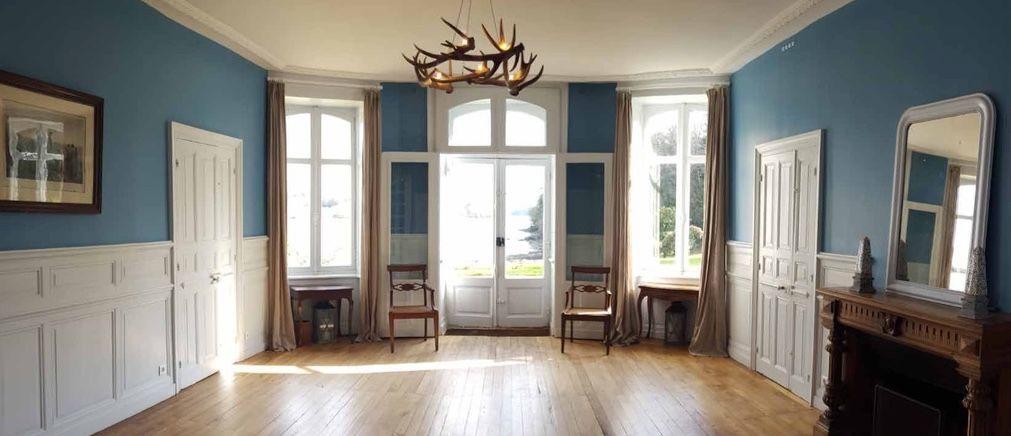 Manoir de Kerouzien Salle Carné