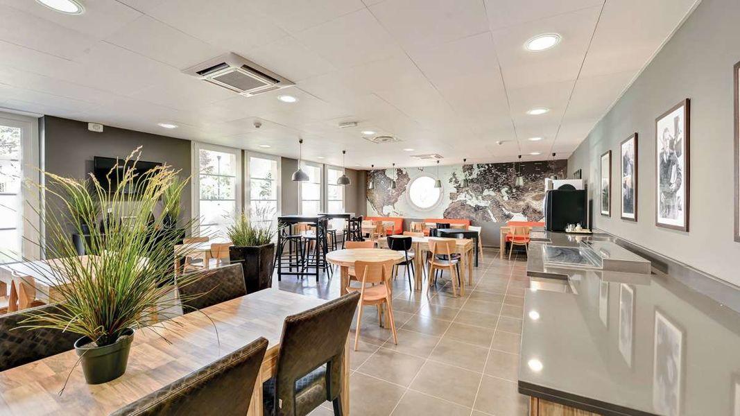 Appart'City Confort Le Bourget Blanc Mesnil*** Salle de restauration