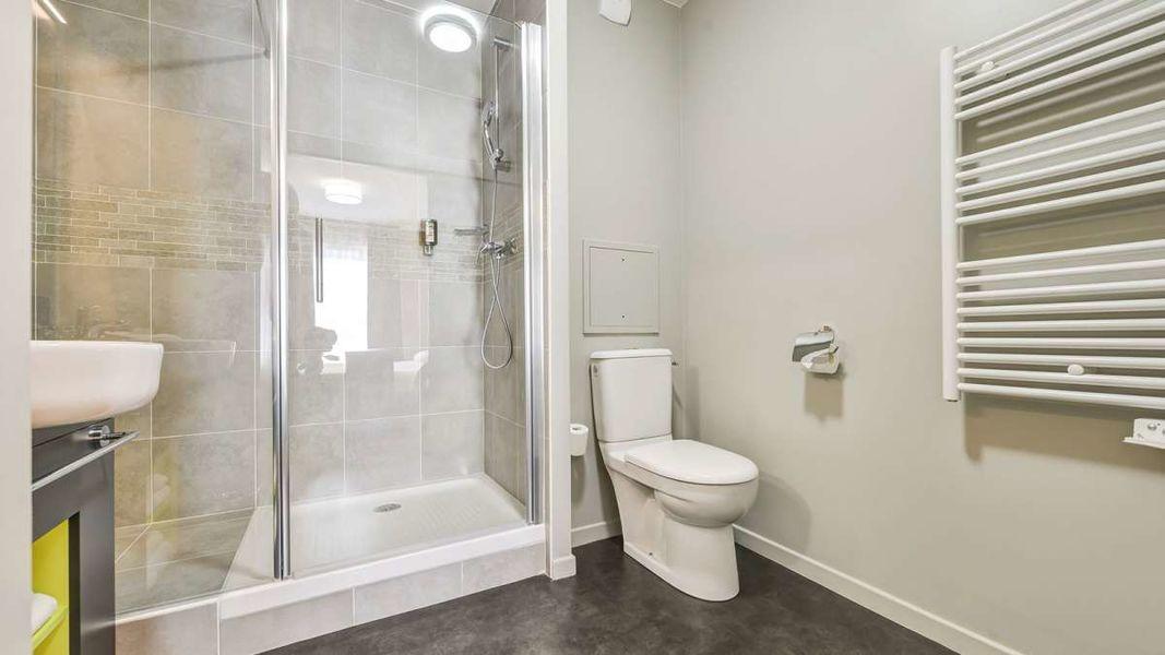 Appart'City Confort Le Bourget Blanc Mesnil*** Salle de bain