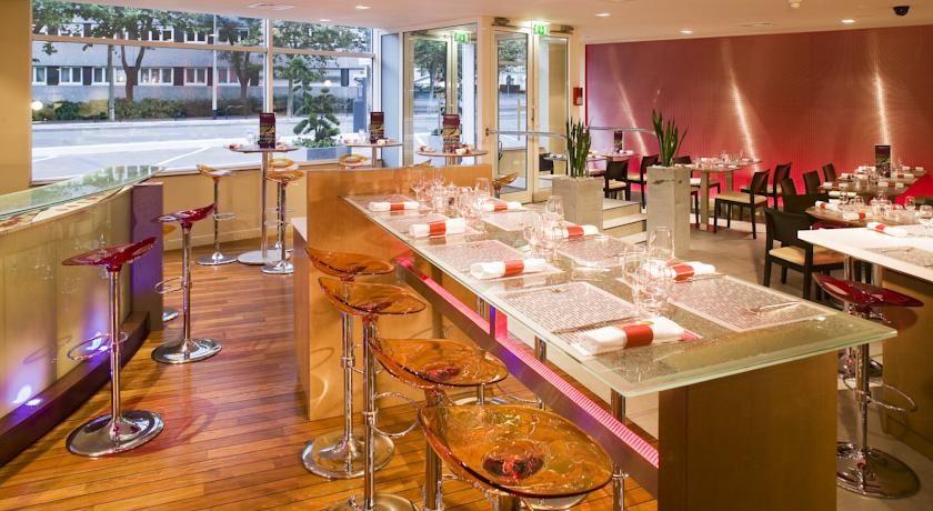 Hôtel Mercure Paris La Défense **** 26