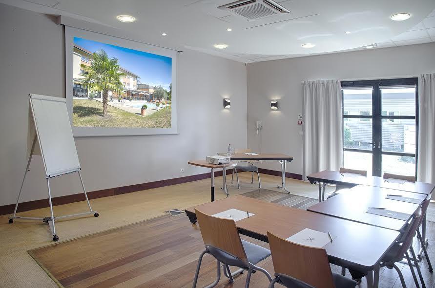 Holiday Inn Express Grenoble-Bernin 8