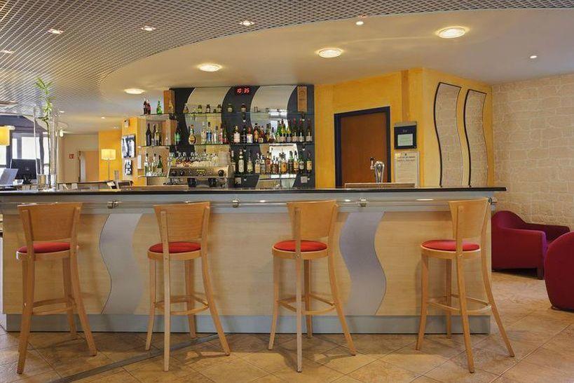 Holiday Inn Express Grenoble-Bernin 11