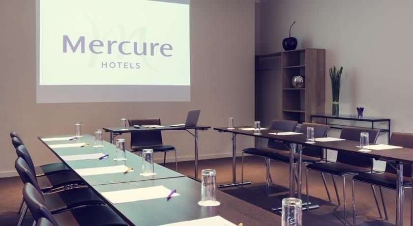 Hôtel Mercure Paris Porte de Pantin 19