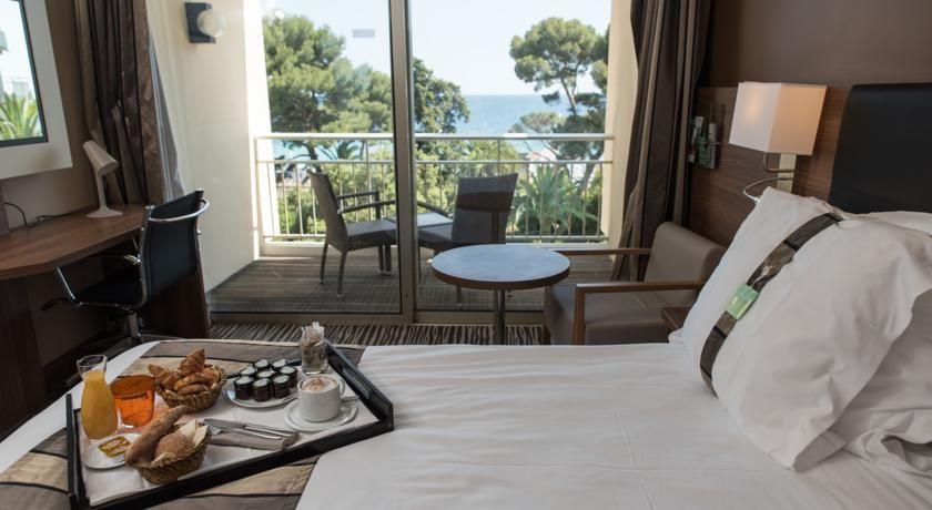 Holiday Inn Cannes 2