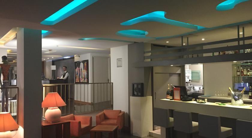 Holiday Inn Cannes 23
