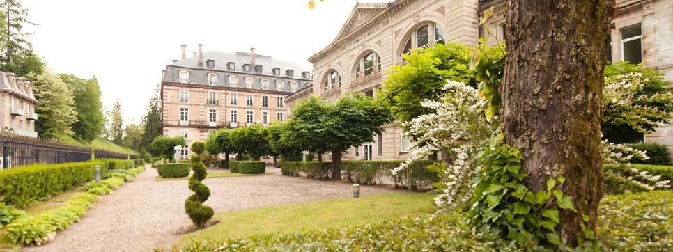 Grand Hôtel de Plombières *** Extérieur