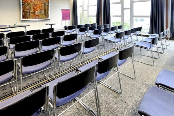 Salle séminaire  - Mercure Rouen Val de Reuil ****
