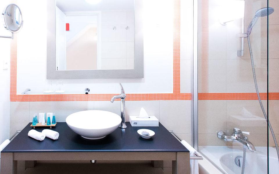 Hotel Le Cantemerle **** Salle de bain