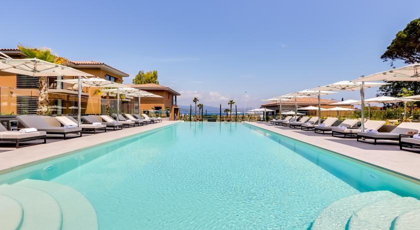 Kube Hotel Saint Tropez * * * * * 4