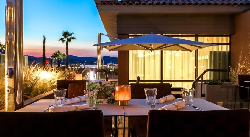 Kube Hotel Saint Tropez * * * * * 12