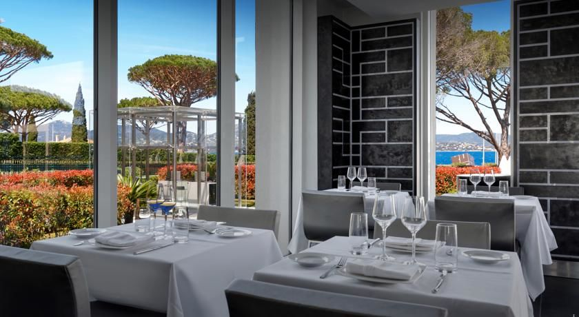 Kube Hotel Saint Tropez * * * * * 21