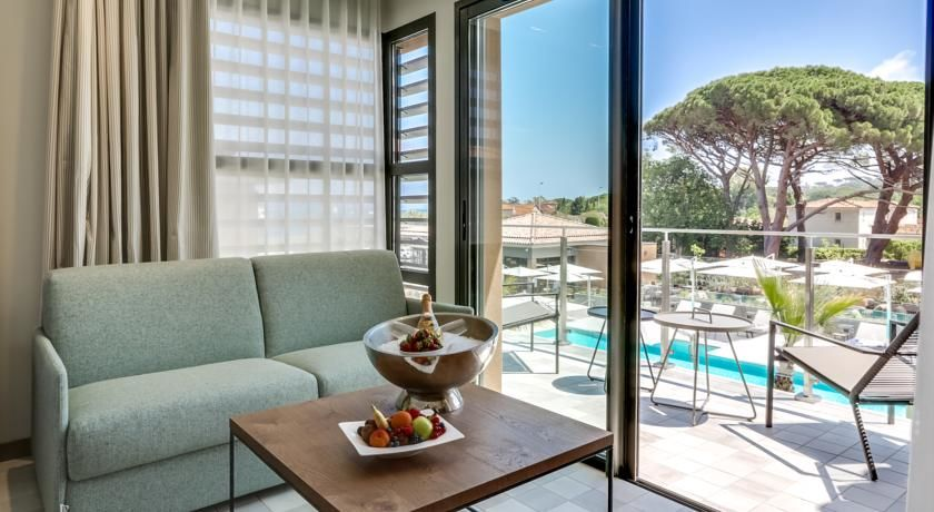 Kube Hotel Saint Tropez * * * * * 34