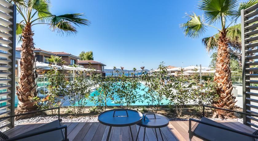Kube Hotel Saint Tropez * * * * * 39