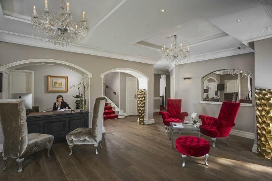 Hotel Chateau de la Tour **** 2